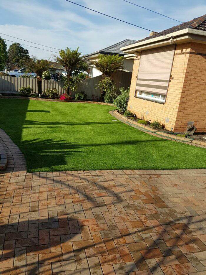 landscaper-in-williamstown